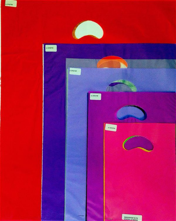 sacola alça vazada colorida 4